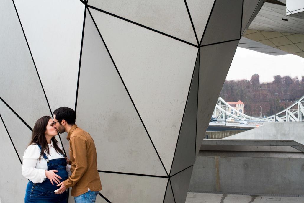 Séance photos maternité Lyon avec Delphine Perez Photographe