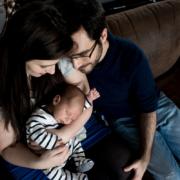 Séance photo nouveau-né à Lyon Confluence par Delphine Perez Photographe