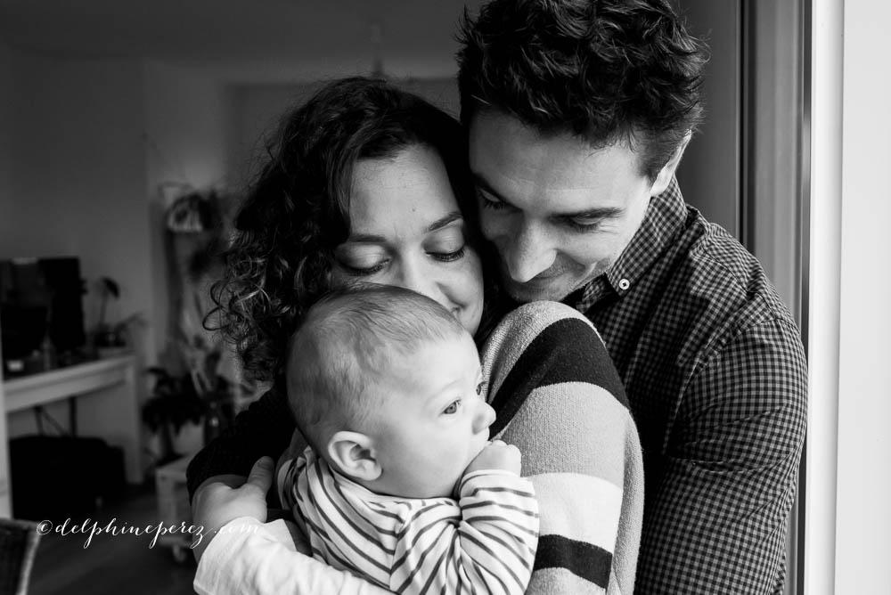 Photo lifestyle avec bébé à Lyon, Villefranche et Mâcon.