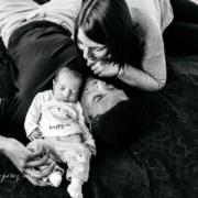 Photographe nouveau-né à domicile à Lyon