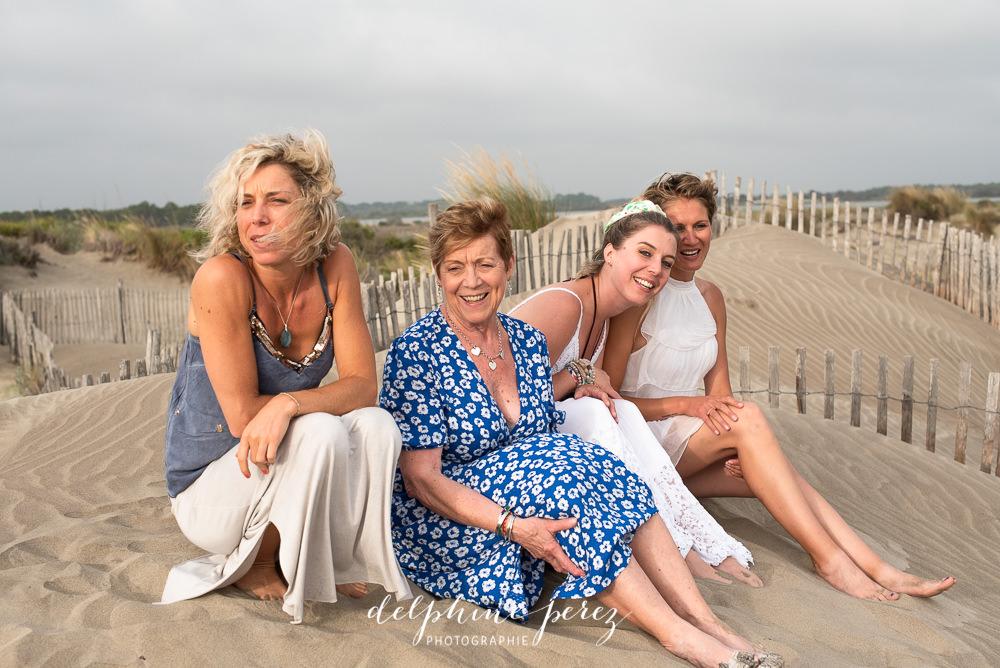 Séance photo en famille en bord de mer